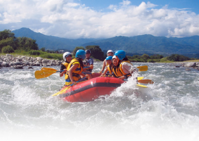 np_play_rafting