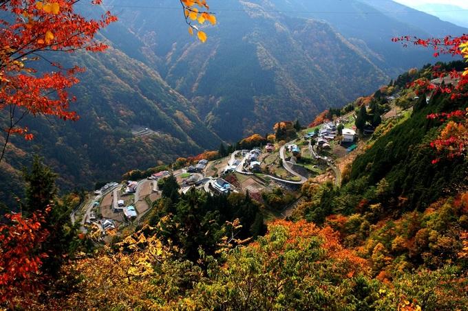 日本のチロル「下栗の里」