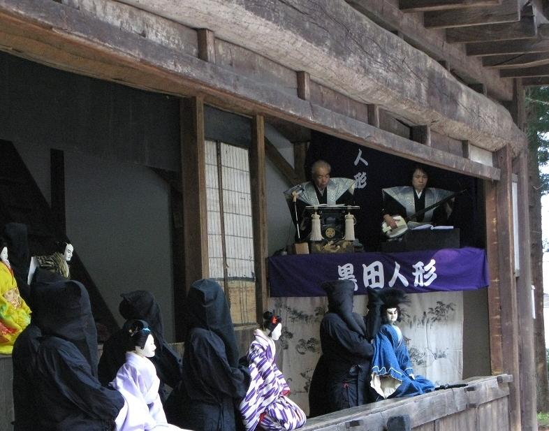 下黒田の舞台②(小さく、右側へ)