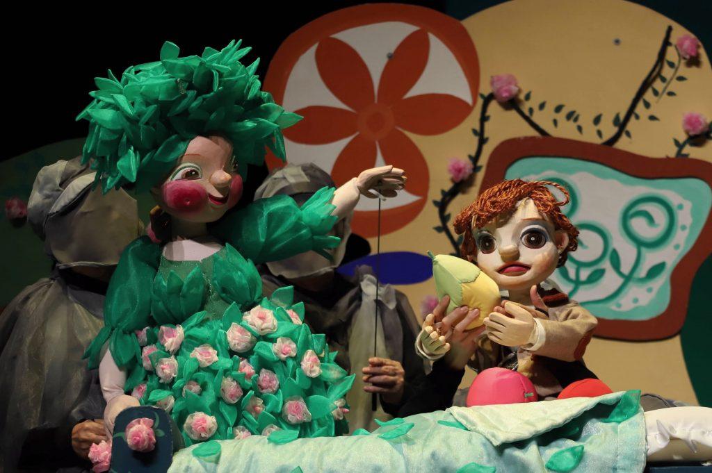 ⑪人形劇団クラルテ「はてしない物語」