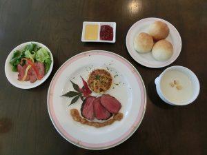 メイン写真(高校生レストラン)シルクで提供した料理
