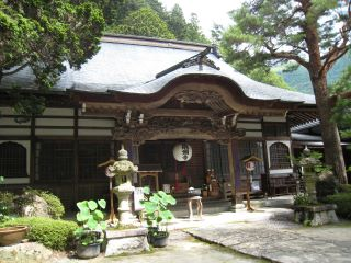 ⑨ウ龍渕寺(遠山郷土館付近)