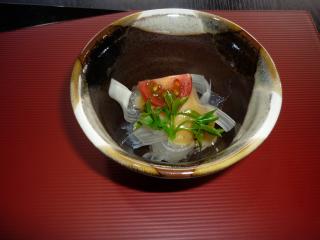 ⑤チョウザメ料理①(イメージ)
