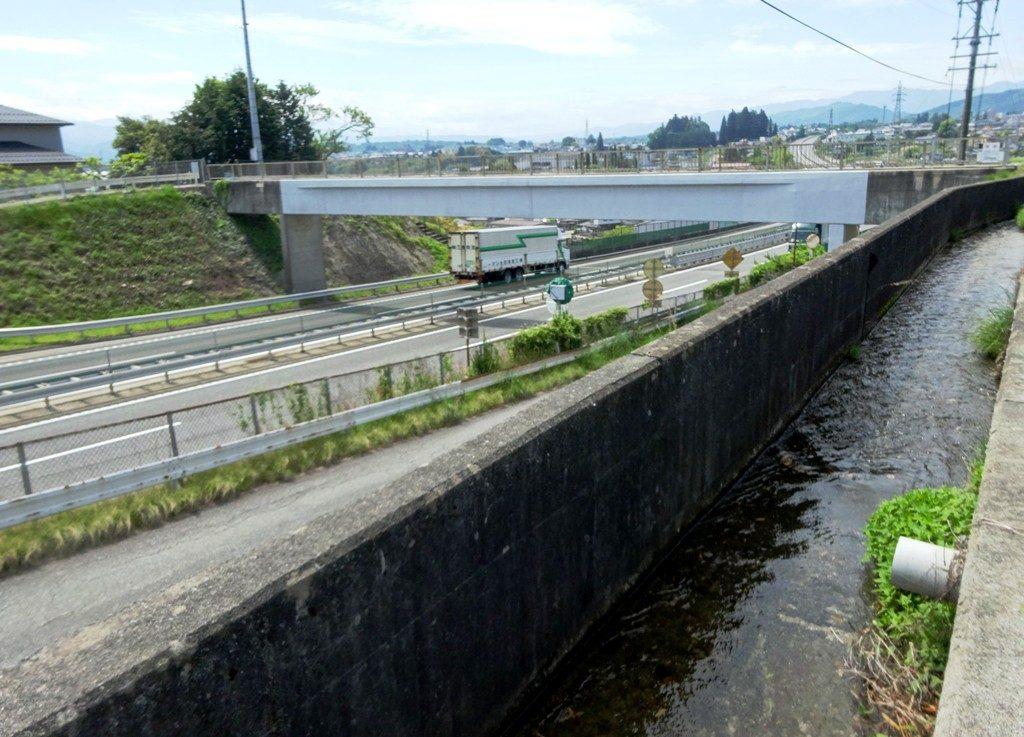 5-13 水路橋 475